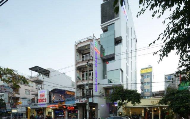 Отель Green Peace Hotel Вьетнам, Нячанг - 8 отзывов об отеле, цены и фото номеров - забронировать отель Green Peace Hotel онлайн вид на фасад
