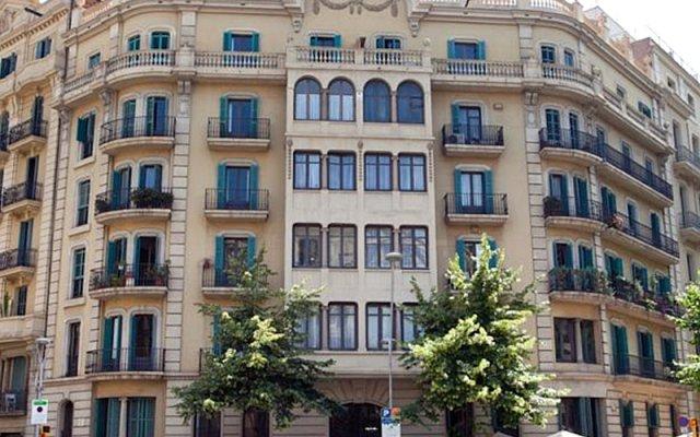 Отель Hostal Que Tal вид на фасад