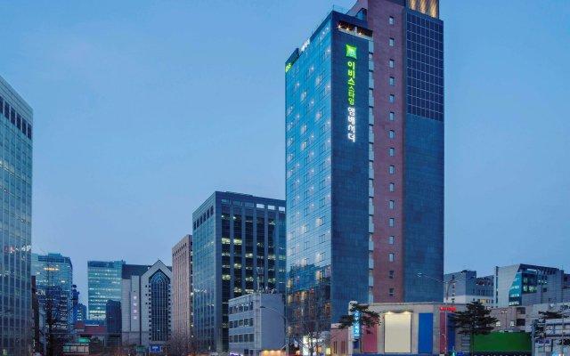 Отель ibis Styles Ambassador Seoul Myeongdong вид на фасад