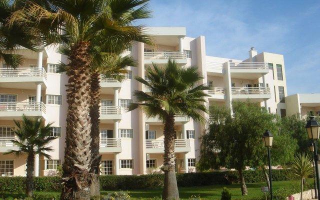 Отель Turim Estrela do Vau Hotel Португалия, Портимао - отзывы, цены и фото номеров - забронировать отель Turim Estrela do Vau Hotel онлайн вид на фасад
