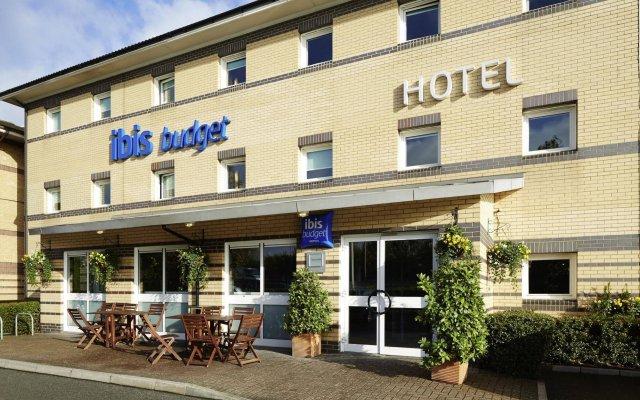 Hotel ibis Budget London Barking вид на фасад