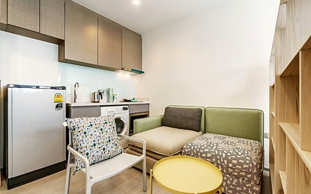 Отель Thonglor Scenery By Favstay комната для гостей