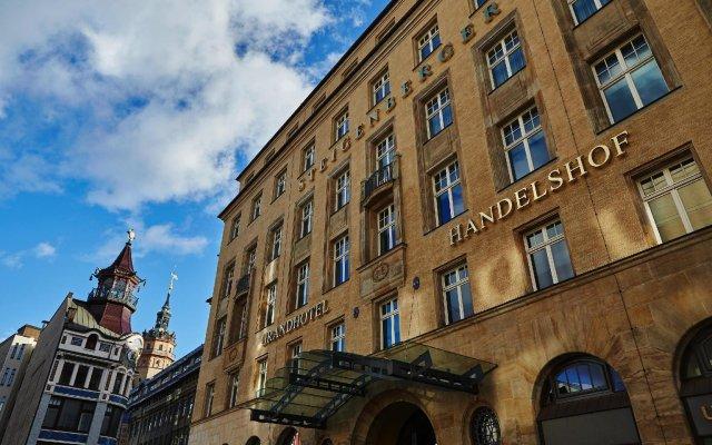 Отель Steigenberger Grandhotel Handelshof Leipzig Германия, Лейпциг - 1 отзыв об отеле, цены и фото номеров - забронировать отель Steigenberger Grandhotel Handelshof Leipzig онлайн вид на фасад