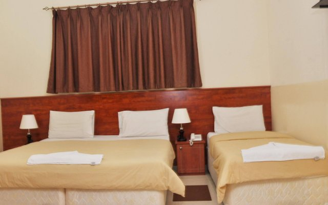 Africana Hotel 0