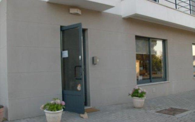 Отель Alojamento Local Verde E Mar Алкасер-ду-Сал вид на фасад