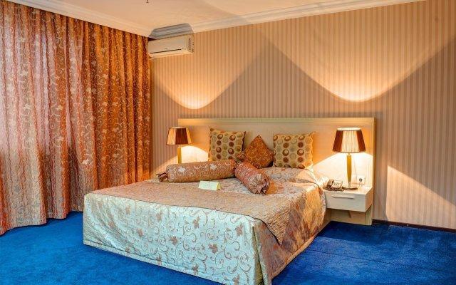 Гостиница Гостиничный комплекс King Hotel Astana Казахстан, Нур-Султан - 12 отзывов об отеле, цены и фото номеров - забронировать гостиницу Гостиничный комплекс King Hotel Astana онлайн вид на фасад