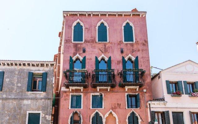 Отель 20 Windows on Venice Италия, Венеция - отзывы, цены и фото номеров - забронировать отель 20 Windows on Venice онлайн вид на фасад