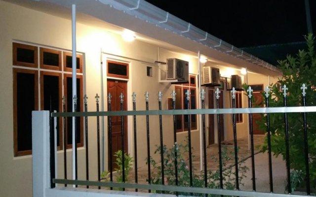 Отель Maldives Dhigga Guest House вид на фасад