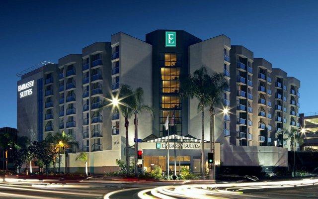 Отель Embassy Suites Los Angeles - International Airport/North США, Лос-Анджелес - отзывы, цены и фото номеров - забронировать отель Embassy Suites Los Angeles - International Airport/North онлайн вид на фасад