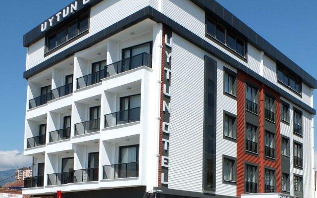 Uytun Hotel Пелиткой вид на фасад