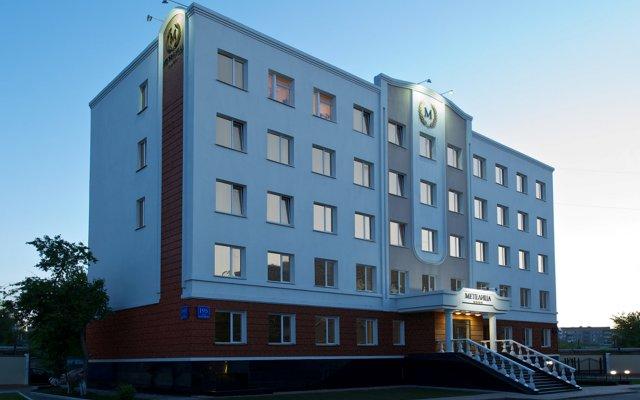 Гостиница Метелица в Новосибирске 8 отзывов об отеле, цены и фото номеров - забронировать гостиницу Метелица онлайн Новосибирск вид на фасад