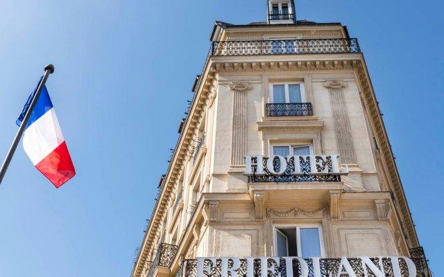 Отель Hôtel Champs Elysees Friedland вид на фасад
