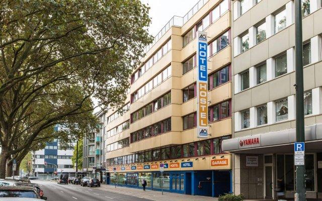 Отель a&o Düsseldorf Hauptbahnhof Германия, Дюссельдорф - 6 отзывов об отеле, цены и фото номеров - забронировать отель a&o Düsseldorf Hauptbahnhof онлайн вид на фасад