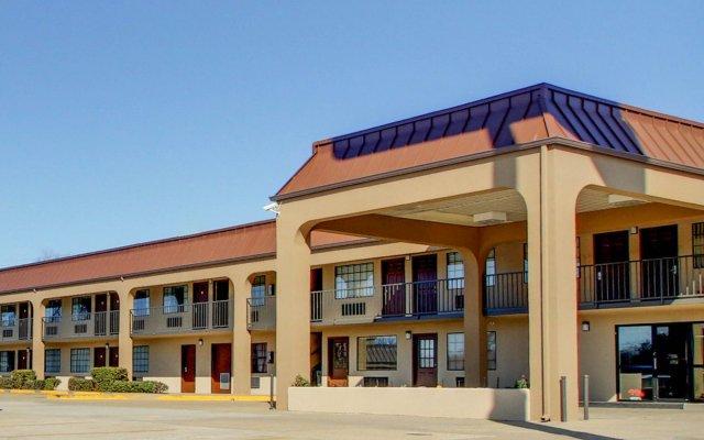 Отель Econo Lodge Vicksburg США, Виксбург - отзывы, цены и фото номеров - забронировать отель Econo Lodge Vicksburg онлайн вид на фасад