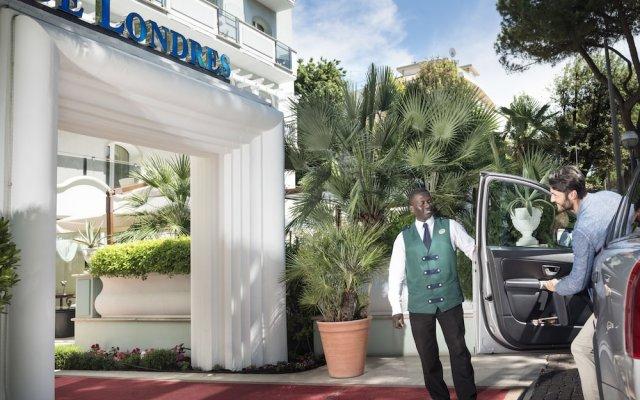 Отель De Londres Италия, Римини - 9 отзывов об отеле, цены и фото номеров - забронировать отель De Londres онлайн вид на фасад