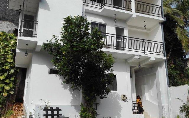 Отель Elliot Nature Resort вид на фасад