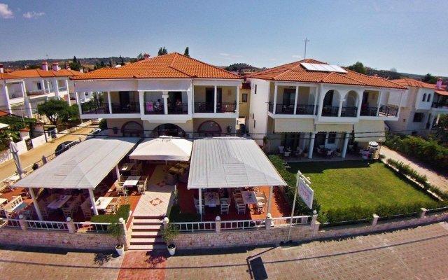 Отель Sonias House Греция, Ситония - отзывы, цены и фото номеров - забронировать отель Sonias House онлайн вид на фасад