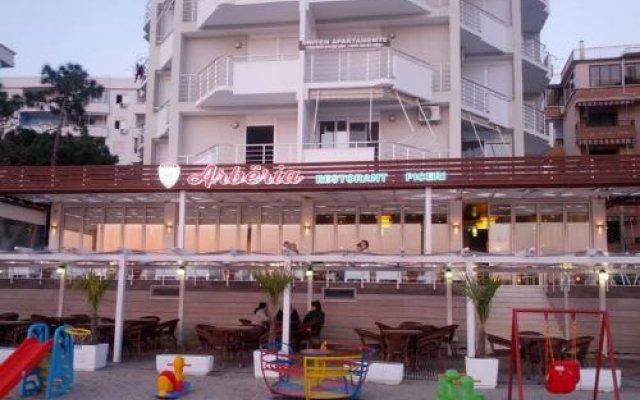 Отель Arberia Албания, Голем - отзывы, цены и фото номеров - забронировать отель Arberia онлайн вид на фасад