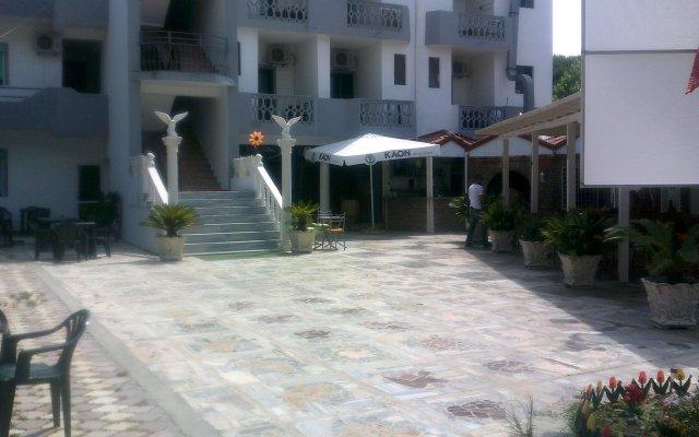 Отель Edra Complex
