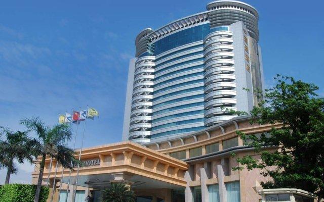 Отель Cinese Hotel Dongguan Китай, Дунгуань - 1 отзыв об отеле, цены и фото номеров - забронировать отель Cinese Hotel Dongguan онлайн вид на фасад