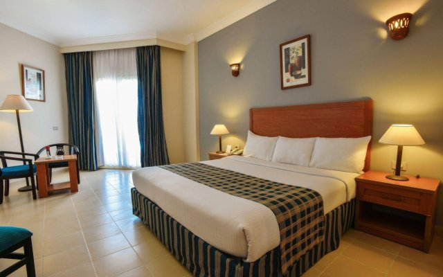 Отель Hawaii Riviera Aqua Park Resort Египет, Хургада - 14 отзывов об отеле, цены и фото номеров - забронировать отель Hawaii Riviera Aqua Park Resort онлайн комната для гостей
