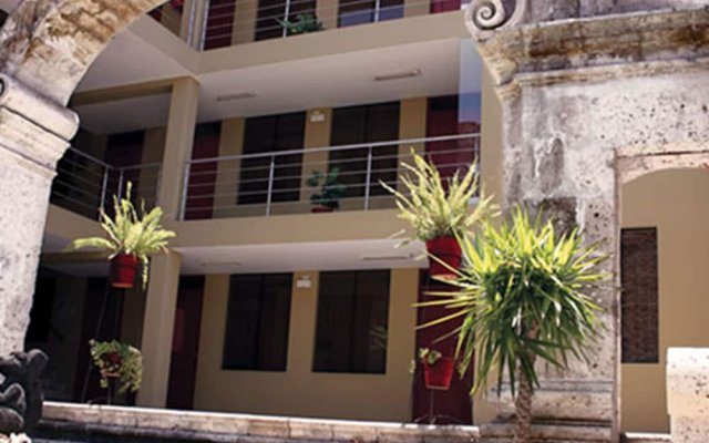 Hotel Santa Rosa 0