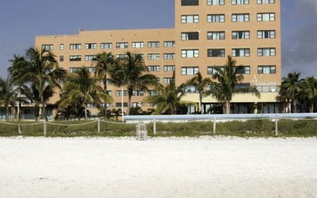 6345 Collins Ave Miami Beach 6369m From The City Center