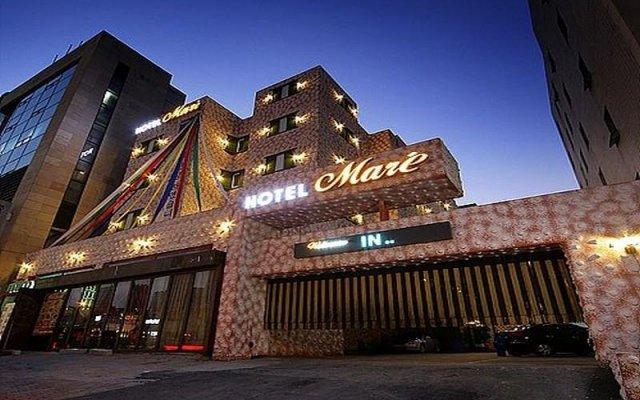 Click Hotel вид на фасад