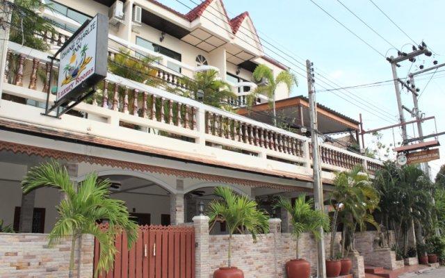 Отель Chang Charlie Inn вид на фасад