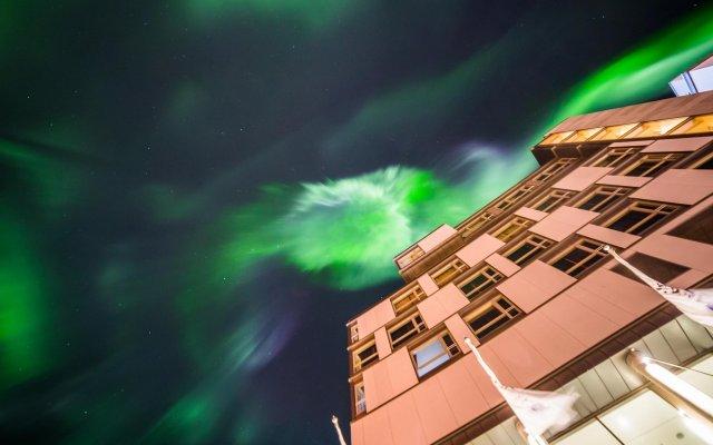 Radisson Blu Polar Hotel Spitsbergen Тромсе вид на фасад