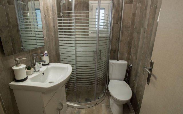 Отель InCity SeaView Suites 2 Греция, Салоники - отзывы, цены и фото номеров - забронировать отель InCity SeaView Suites 2 онлайн ванная