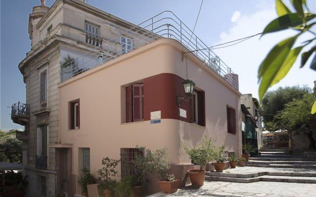 Thea's Residency