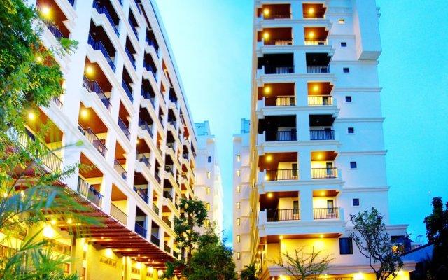 Отель Mike Garden Resort вид на фасад