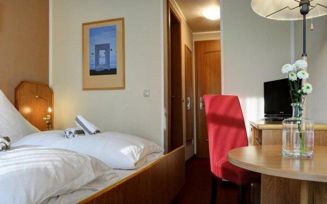 Отель Elbterrasse Wachwitz Германия, Дрезден - отзывы, цены и фото номеров - забронировать отель Elbterrasse Wachwitz онлайн комната для гостей