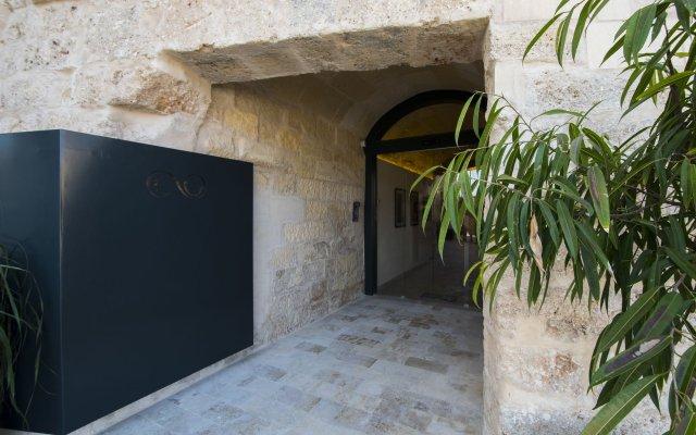 Отель Cugo Gran Macina Grand Harbour Мальта, Гранд-Харбор - отзывы, цены и фото номеров - забронировать отель Cugo Gran Macina Grand Harbour онлайн вид на фасад