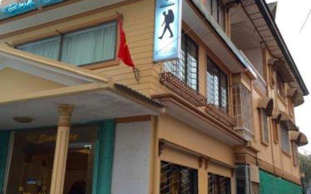 Boutique Capsule Dalat Hostel Далат вид на фасад