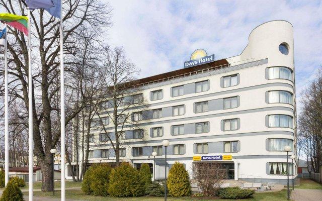 Rija VEF Hotel вид на фасад
