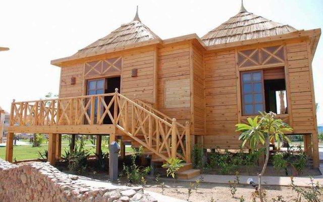 Отель Aqua Blu Resort Египет, Шарм эль Шейх - 4 отзыва об отеле, цены и фото номеров - забронировать отель Aqua Blu Resort онлайн вид на фасад