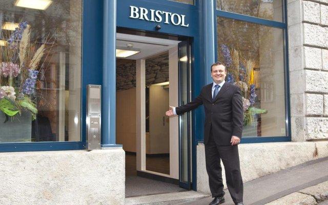 Hotel Bristol Zurich вид на фасад