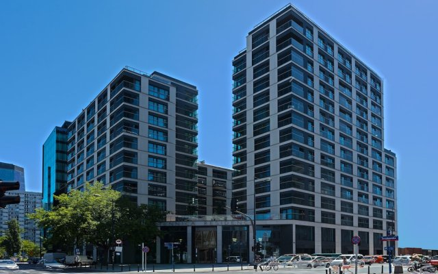 Апартаменты Mennica Central Apartments вид на фасад