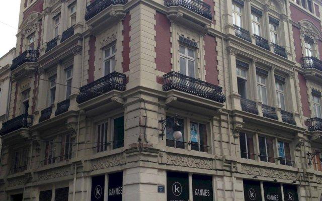 Отель L'Esplai Valencia Bed and Breakfast вид на фасад