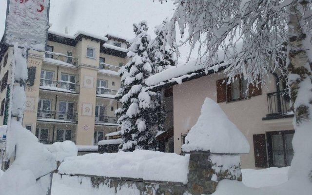Отель Bären Швейцария, Санкт-Мориц - отзывы, цены и фото номеров - забронировать отель Bären онлайн вид на фасад