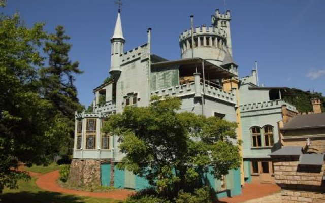 Отель Cottage Dzintars Юрмала вид на фасад
