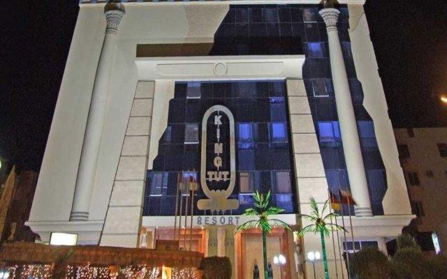 Sphinx Resort Hotel вид на фасад