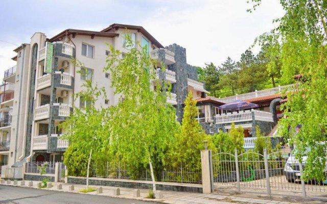 Отель Arlanda Болгария, Свети Влас - отзывы, цены и фото номеров - забронировать отель Arlanda онлайн вид на фасад