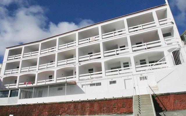 Отель Barracuda Aparthotel Понта-Делгада вид на фасад