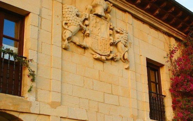 Отель Casona Las Cinco Calderas Испания, Рибамонтан-аль-Мар - отзывы, цены и фото номеров - забронировать отель Casona Las Cinco Calderas онлайн вид на фасад