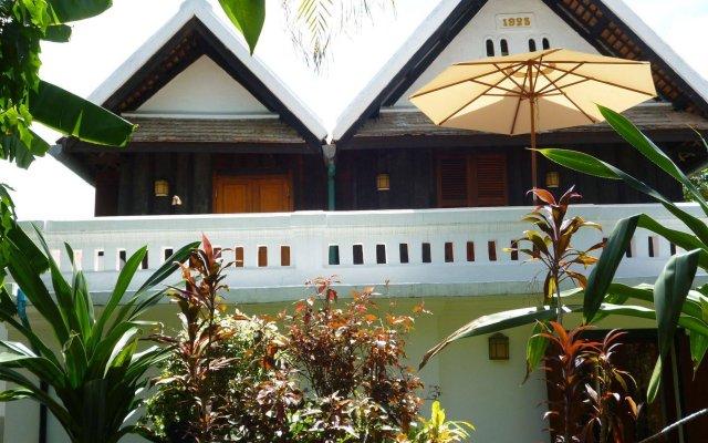 Отель Villa Maydou Boutique Hotel Лаос, Луангпхабанг - отзывы, цены и фото номеров - забронировать отель Villa Maydou Boutique Hotel онлайн вид на фасад