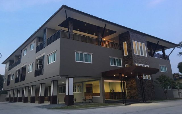 Отель Suthana Residence вид на фасад