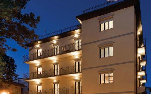 Отель Residence Millennium Италия, Римини - отзывы, цены и фото номеров - забронировать отель Residence Millennium онлайн вид на фасад